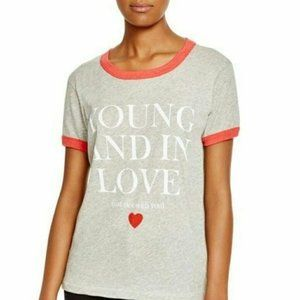 """Wildfox """"Young And In Love.."""" Graphic Tee Size M"""